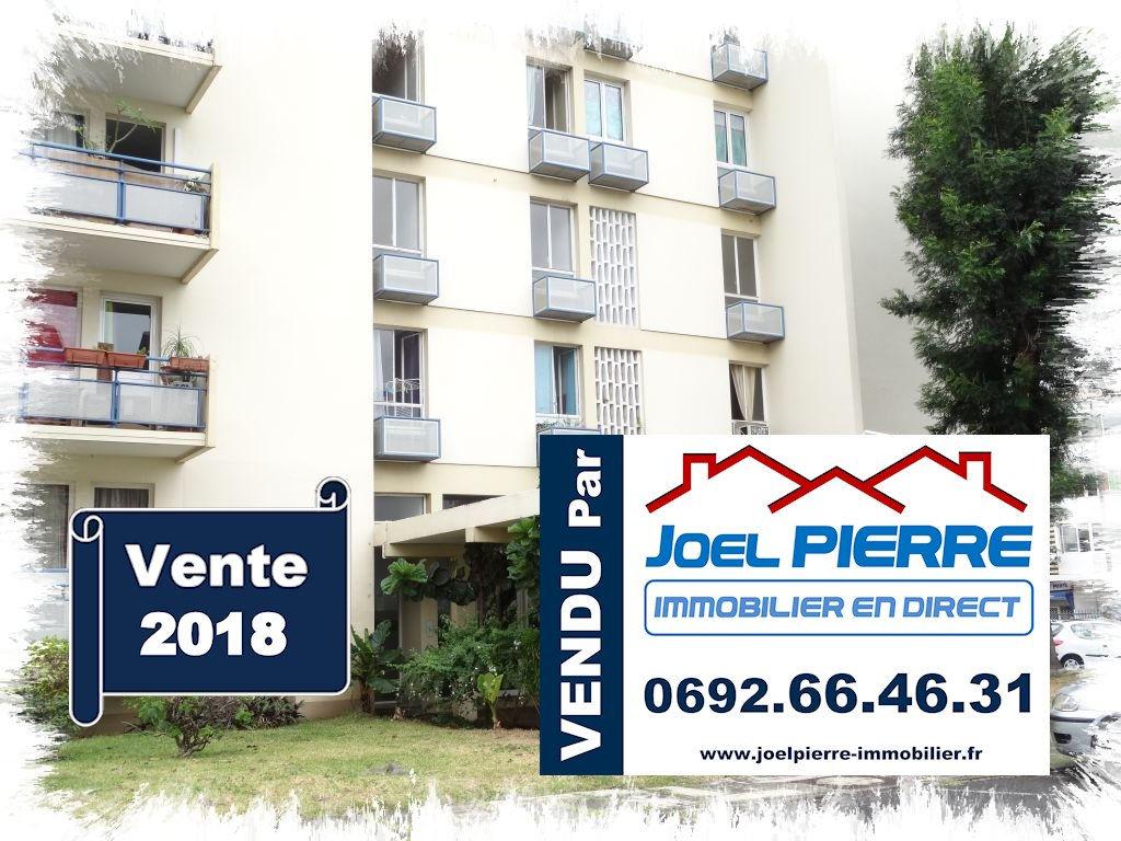 Trop tard c'est déjà VENDU par Joël PIERRE Immobilier :  SAINT DENIS Rue Mazagran Appartement T2 de 43 m²