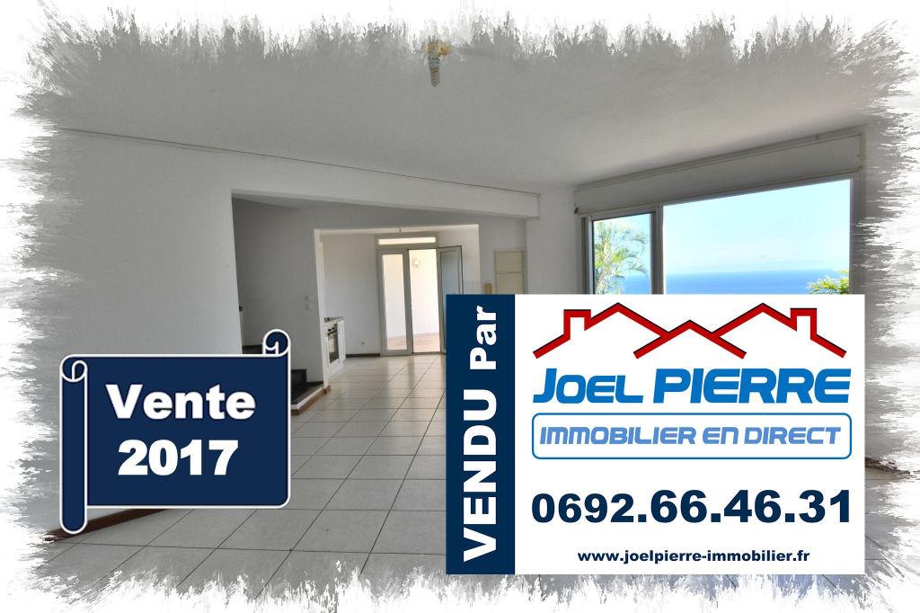 Trop tard c'est déjà VENDU par Joël PIERRE Immobilier : Colline des Camélias Villa T4 de 127 m² (SU) avec belle vue mer
