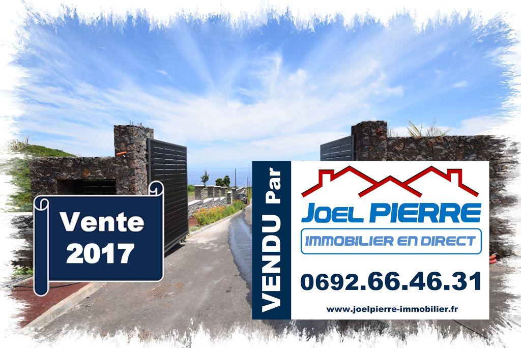 Trop tard c'est déjà VENDU par Joël PIERRE Immobilier :  LA MONTAGNE (Lot 13) Parcelle de terrain viabilisé de 959 m2