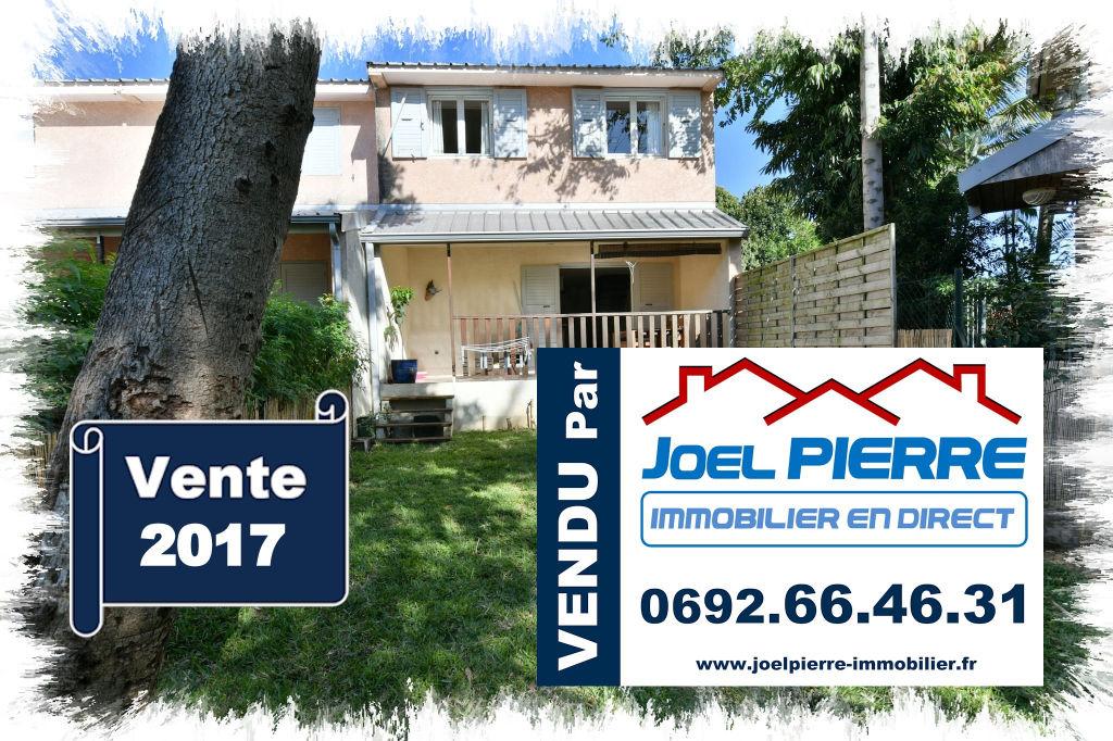 Trop tard c'est déjà VENDU par Joël PIERRE Immobilier :  SAINTE CLOTILDE BDN Villa T4 Duplex avec jardin 77 m²