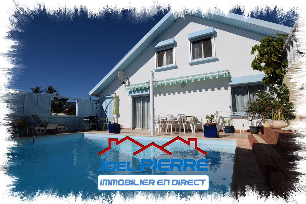 JPI : SAINTE CLOTILDE Villa T9 de 358 m² (SU) avec piscine