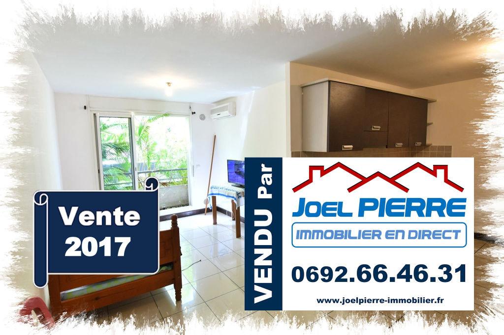 Trop tard c'est déjà VENDU (en 15 jours) par Joël PIERRE Immobilier :  SAINTE CLOTILDE T1 30 m² Proche Fac - Raport locatif