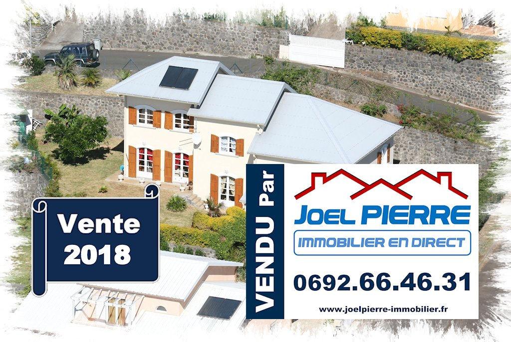 Trop tard c'est déjà VENDU par Joël PIERRE Immobilier : LA MONTAGNE Villa Haut standing T6 de 269 m² (SU) sur une parcelle de 754 m²