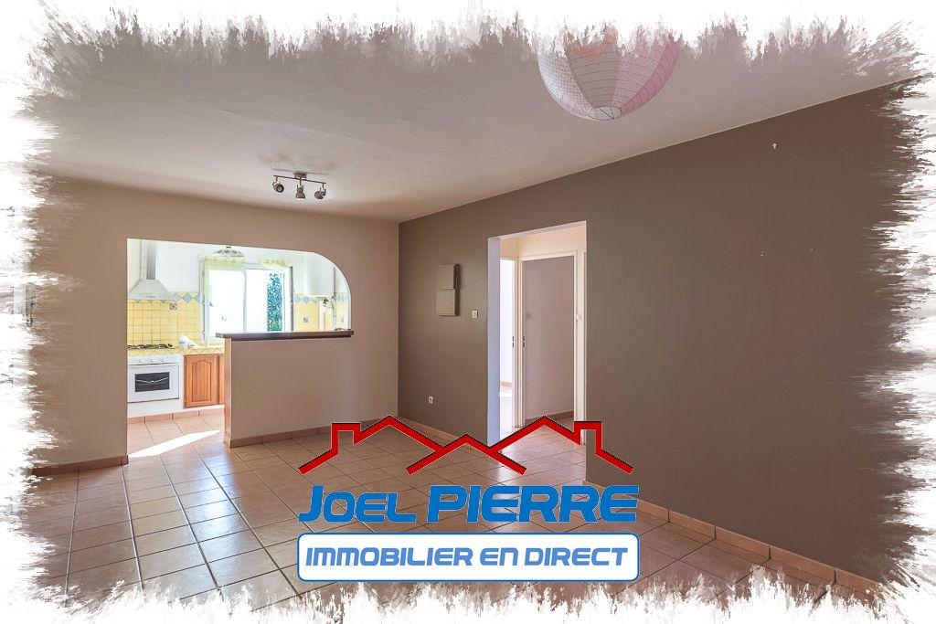 JPI : SAINTE CLOTILDE Proche FAC Appartement T4 de 82.08 m2 habitables