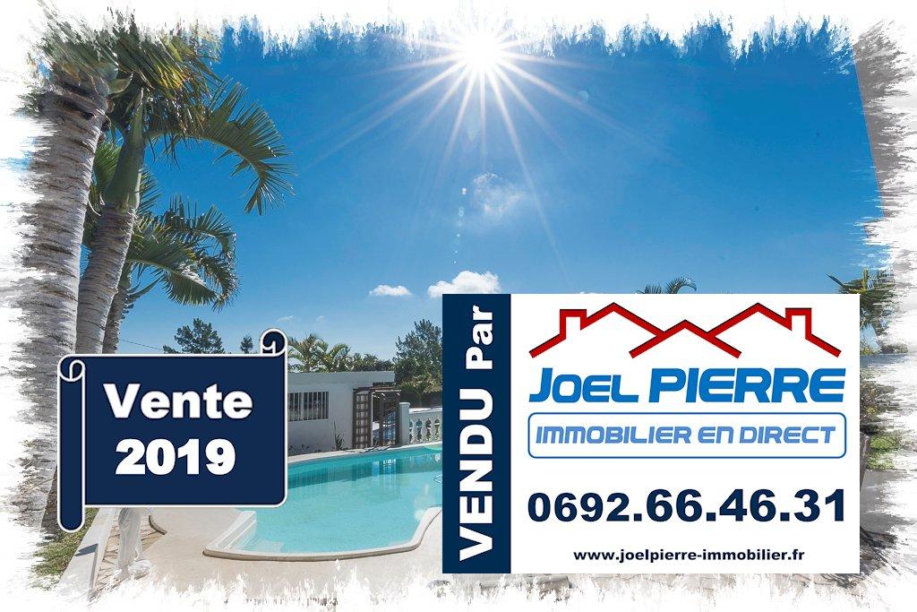 Trop tard c'est déjà VENDU par Joël PIERRE Immobilier : BELLEPIERRE Villa T5/6 de 241 m² (SU) avec piscine sur 1300 m² de terrain