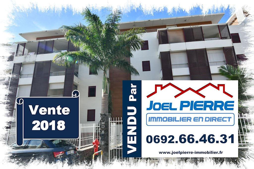 Trop tard c'est déjà VENDU par Joël PIERRE Immobilier : SAINTE CLOTILDE Appartement T2 de 52.55 m² (SU) proche clinique
