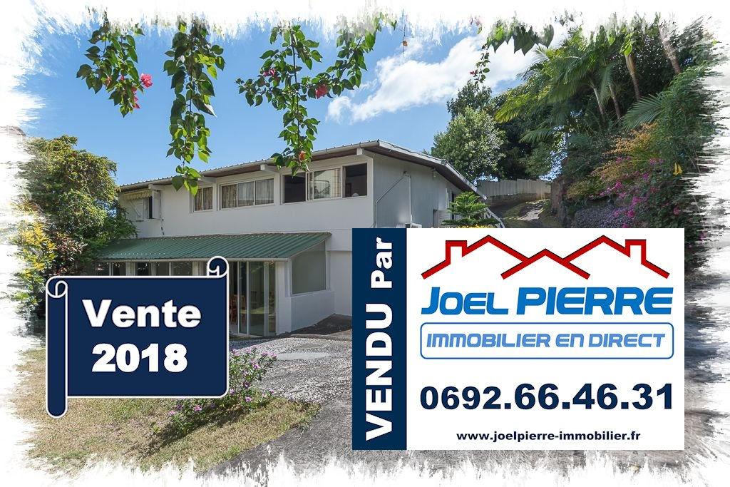 Trop tard c'est déjà VENDU  (en 3 visites seulement) par Joël PIERRE Immobilier : SAINTE CLOTILDE  de 7 pièce(s) d'une surafce de 193.79 m2 sur 500 m² de terrain