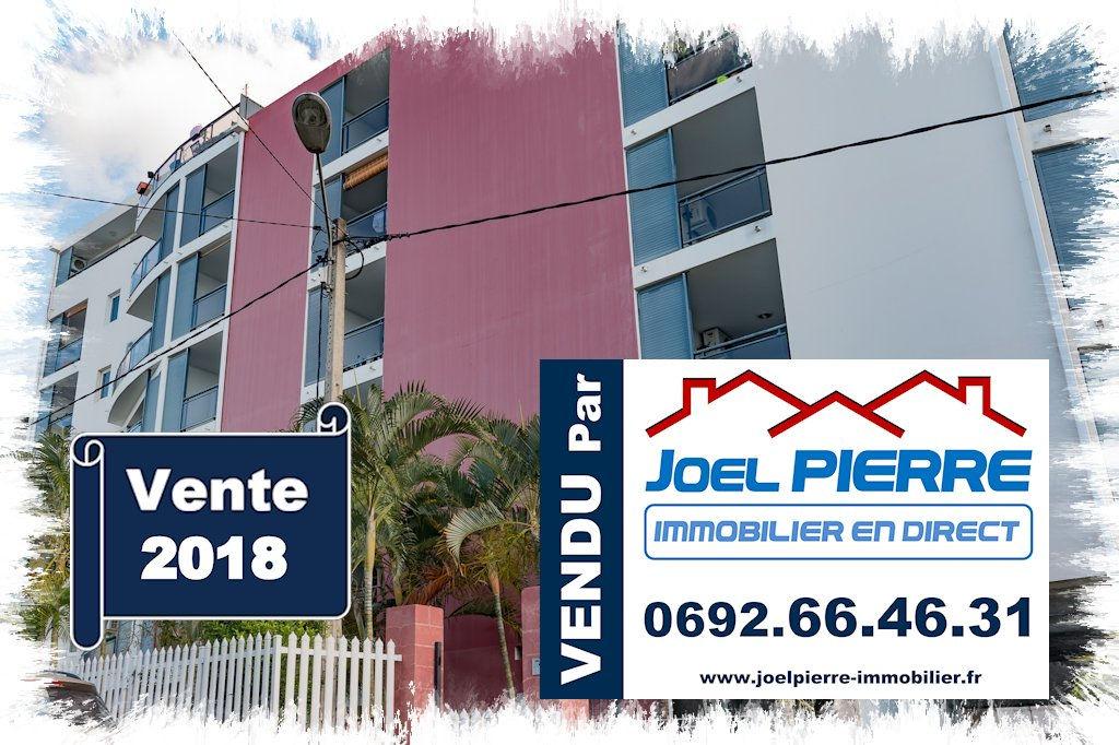 Trop tard c'est déjà VENDU par Joël PIERRE Immobilier : STE CLOTILDE Appart.T4 duplex de 86m² (SU) + parking Sous-sol