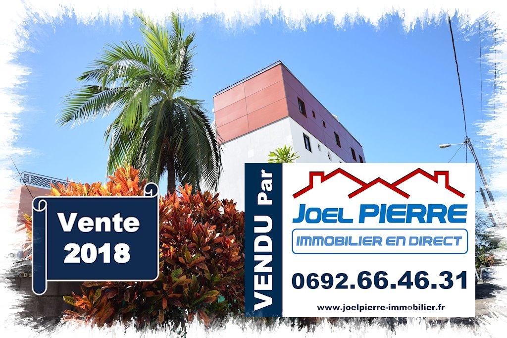 Trop tard c'est déjà VENDU (en une journée) par Joël PIERRE Immobilier : SAINTE CLOTILDE  Appartement T3 en RDJ de 89.64 m² (SU) avec jardin de 40 m²