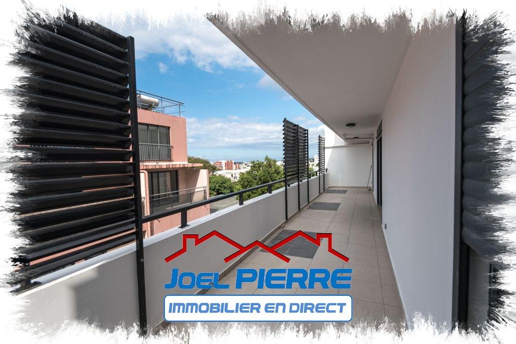 JPI : SAINTE CLOTILDE  Appartement T3 en de 85.52 m² (SU) avec grande varangue