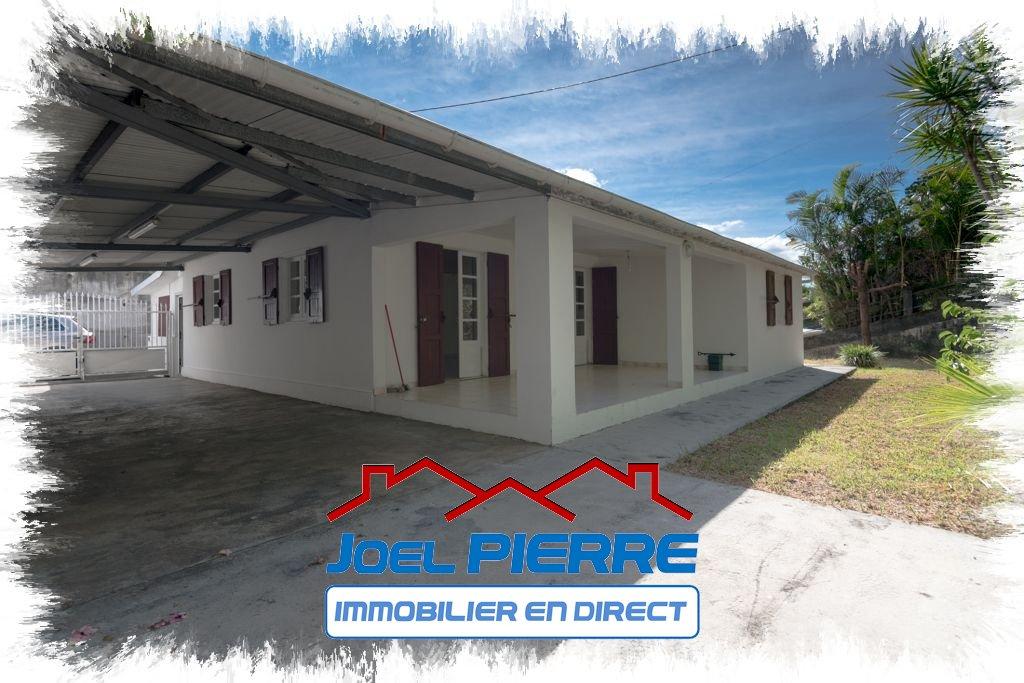 JPI : SAINTE MARIE Villa T5 de plain-pied d'une surface utile de 132 m² + 44 m² d'abri voiture