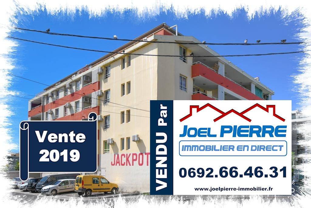 JPI : SAINTE CLOTILDE Appartement 3 pièce(s) 58.42 m2 (SU) + 1 PK