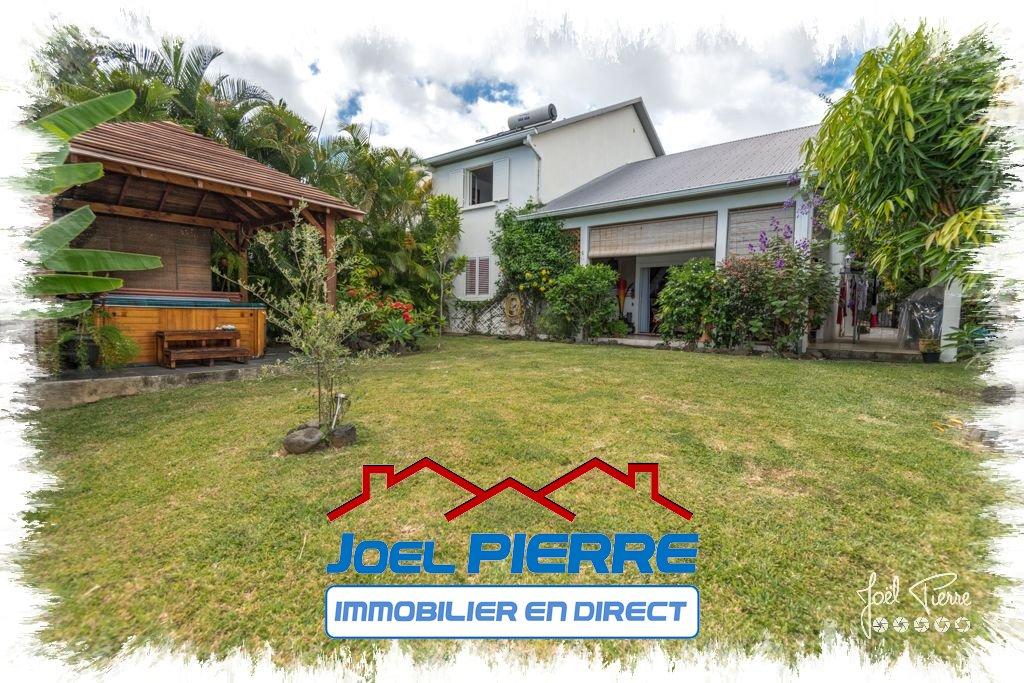 JPI : SAINTE MARIE Villa T5 de 195 m² (SU) sur une parcelle de 479 m²
