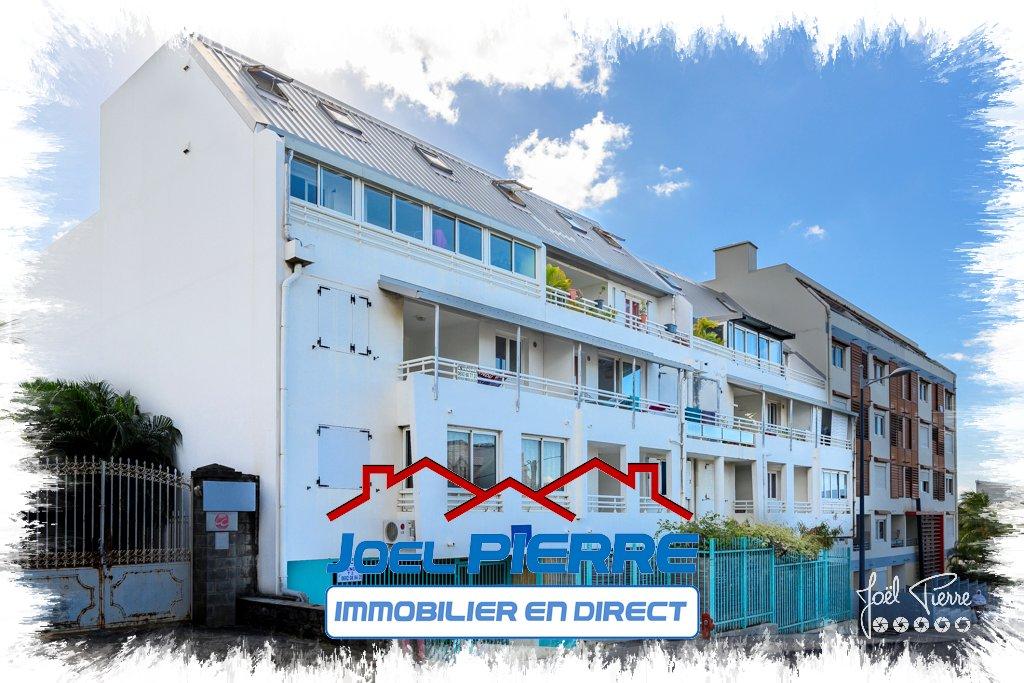 JPI : SAINTE CLOTILDE Appartement 2 pièce(s) 63.51 m2 + 2 parkings en sous-sol